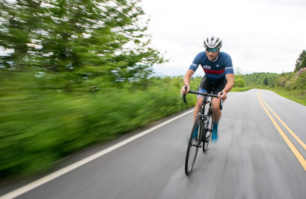 average cycling speed for weight loss